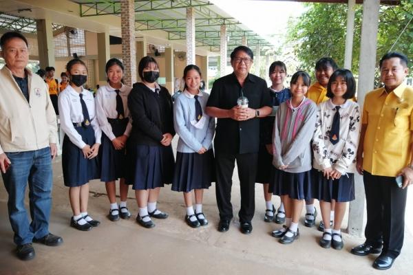 นายกสมาคมผู้บริหารโรงเรียนมัธยมศึกษาแห่งประเทศไทย (ส.บ.ม.ท.)…